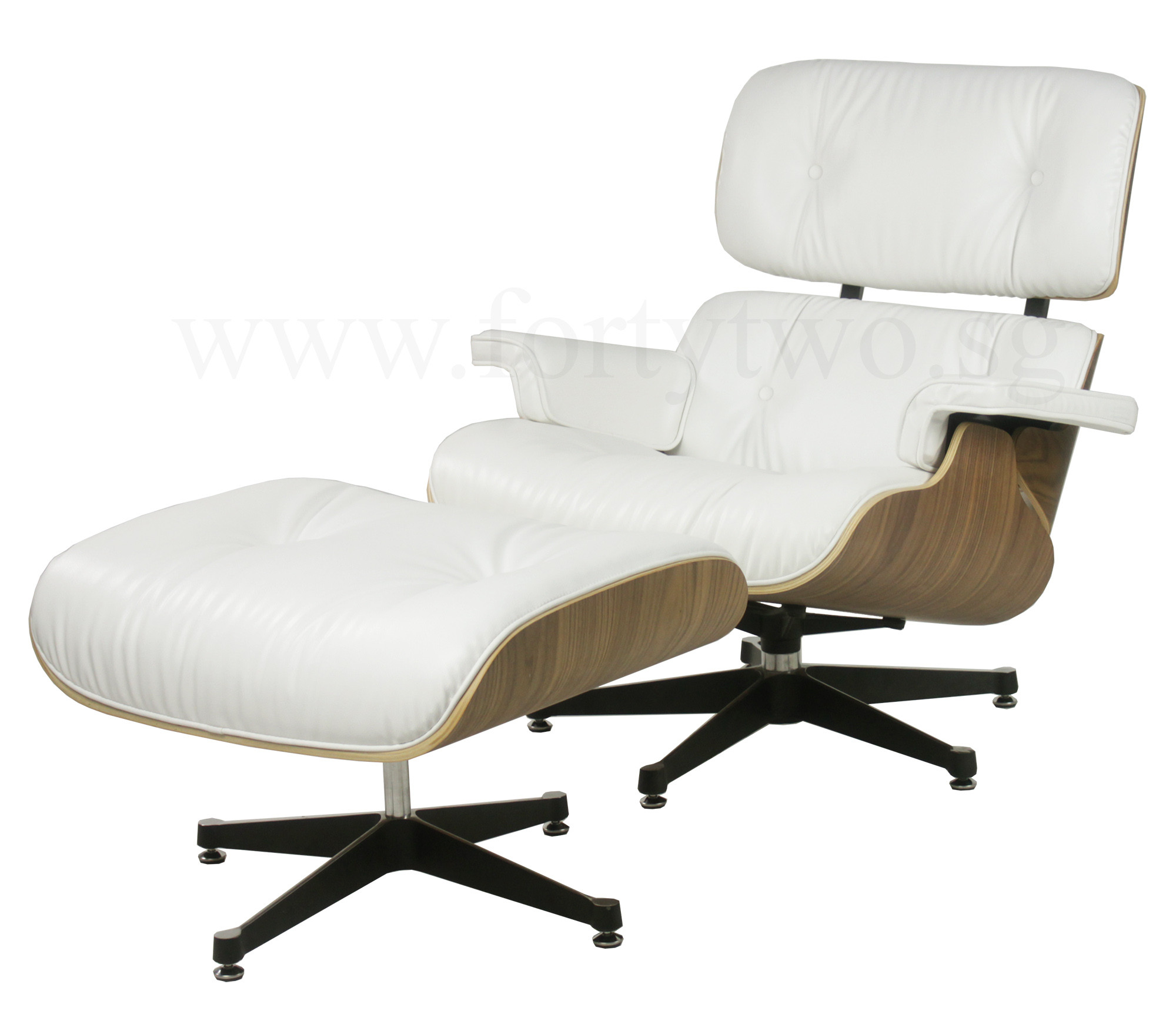 designer replica eames lounge chair white furniture home d cor fortytwo. Black Bedroom Furniture Sets. Home Design Ideas