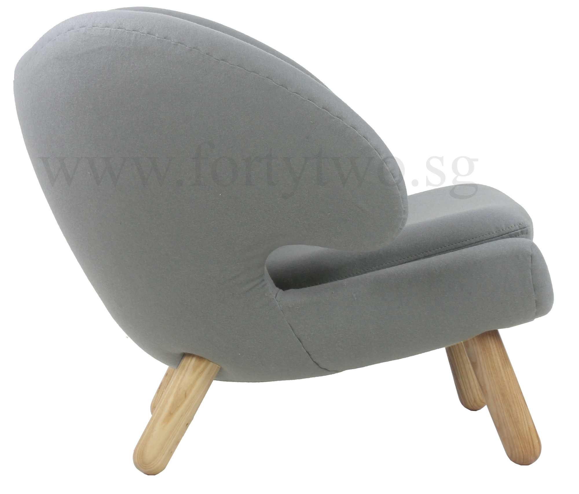 Designer replica pelican chair in light grey furniture for Design replica