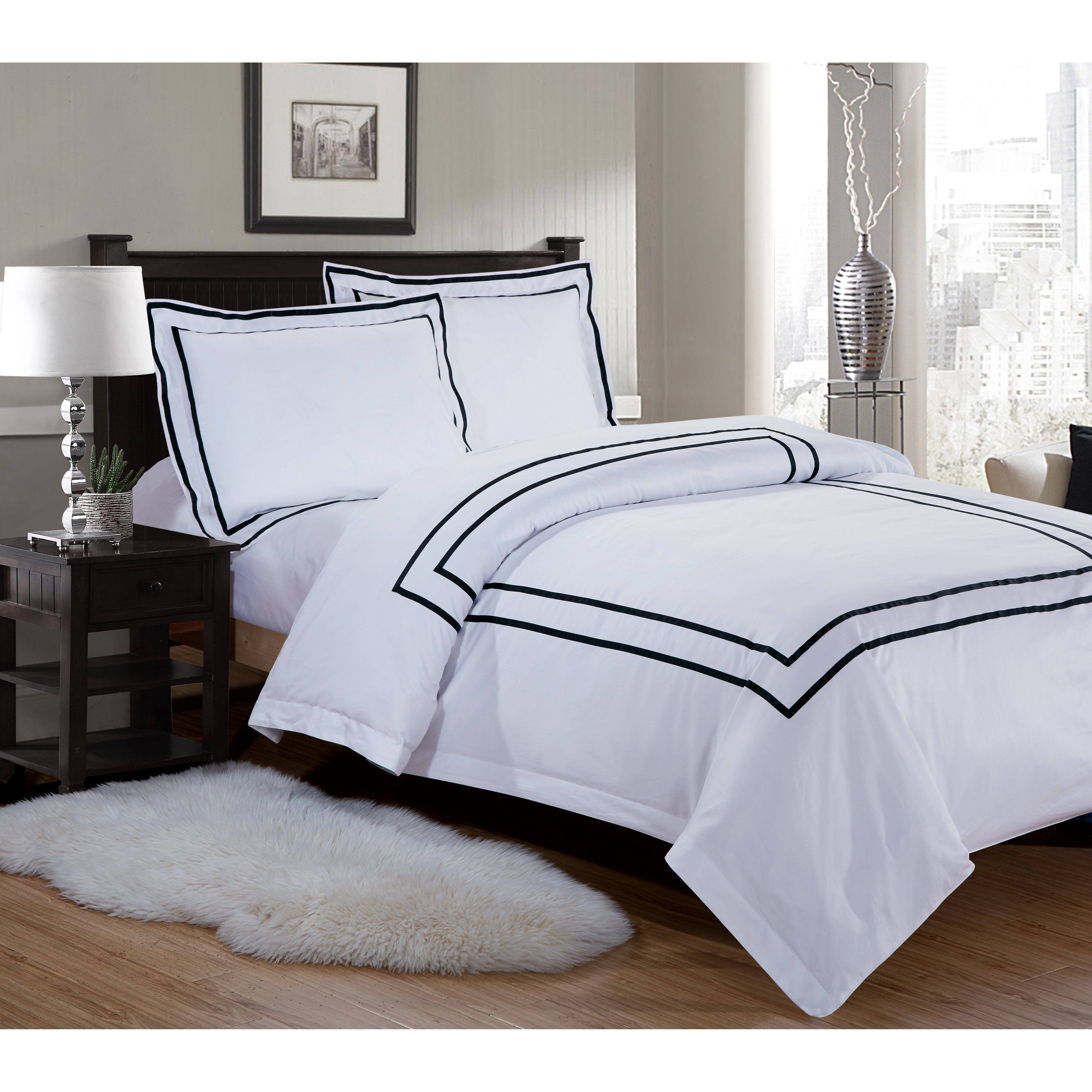 Royal Hotel Collection Border Series Double Black Bed