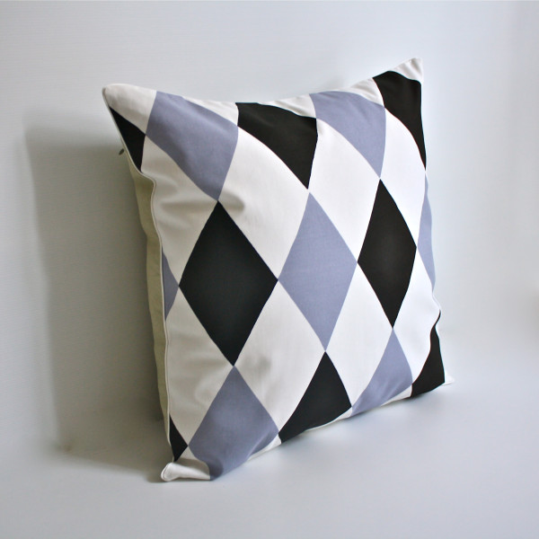 Harlequin Pillow in Lilac