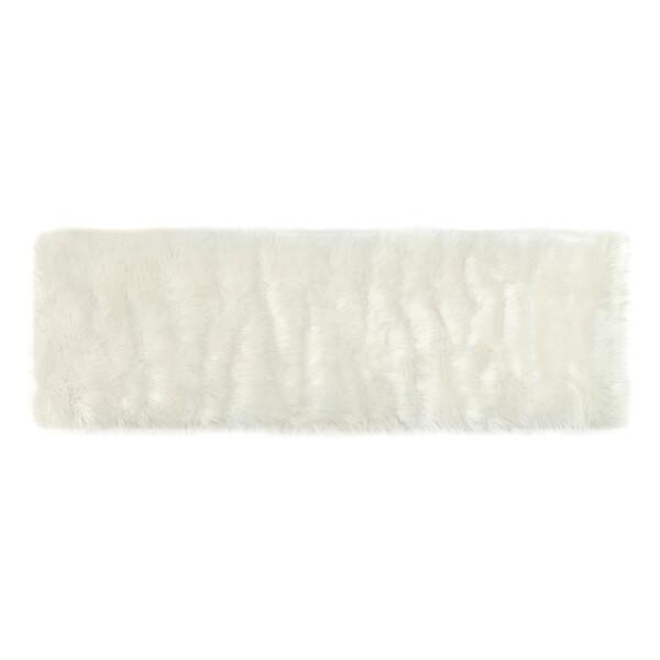 Ovidia Faux Fur Carpet (Cream)