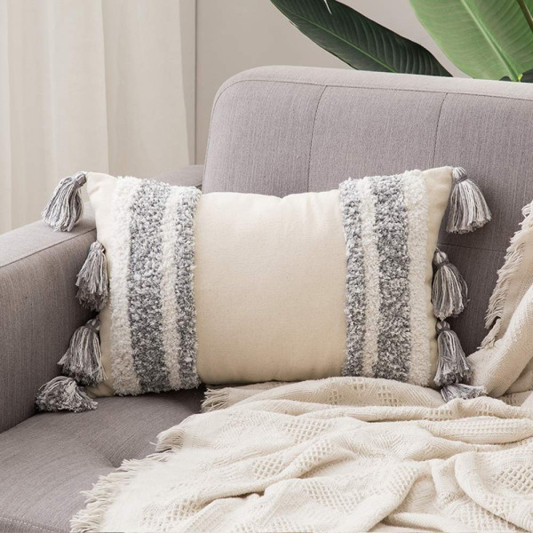 Ulli Tufted Cushion With Tassles