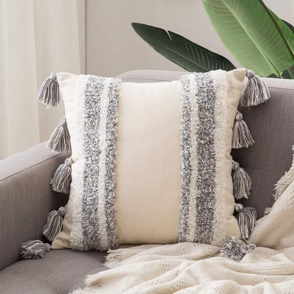Ulli II Tufted Cushion With Tassles
