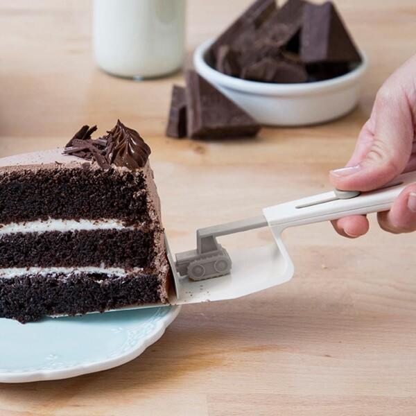 CakeDozer Cake Server (Grey) by Peleg
