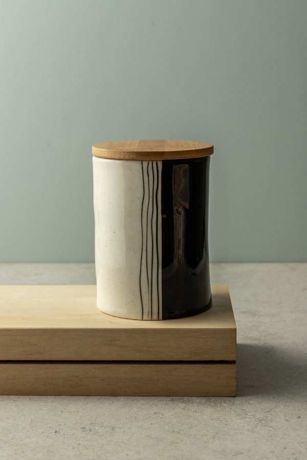 Darcie Large Hand-Painted Canister With Bamboo Lid (Black/White)