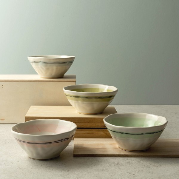 Calla 4-Piece Hand-Painted Rice Bowls with Gold Rim Base