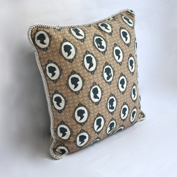 Cameo Mocha Pillow 1