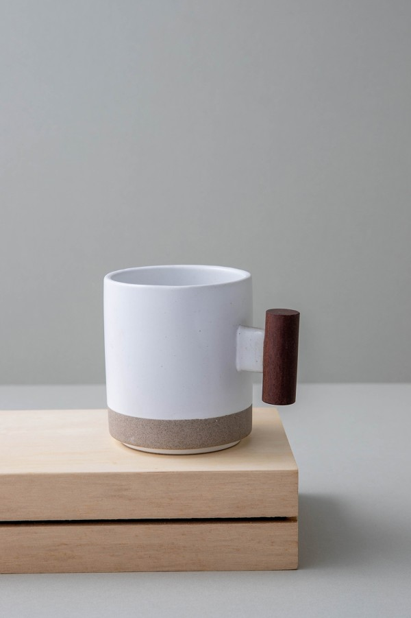 Hasami Mug with Wooden Handle (White)