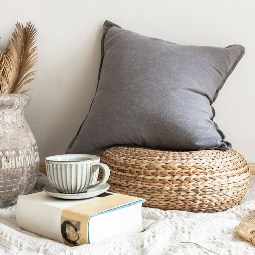 Belua Cushion (Grey)