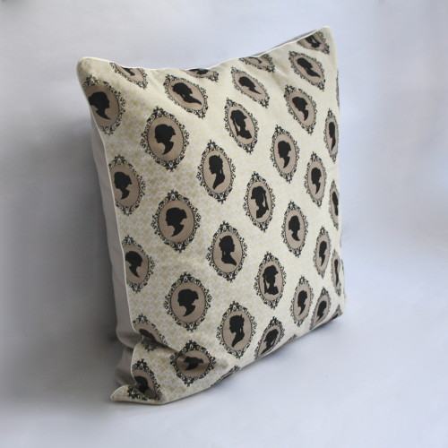 Cameo Champagne Pillow 1